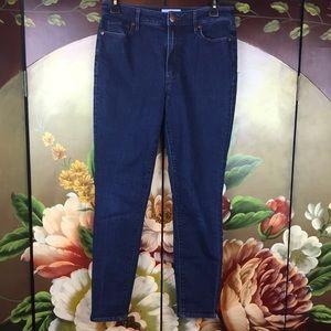 Ann Taylor LOFT Curvy High Waist Skinny Ankle Jean